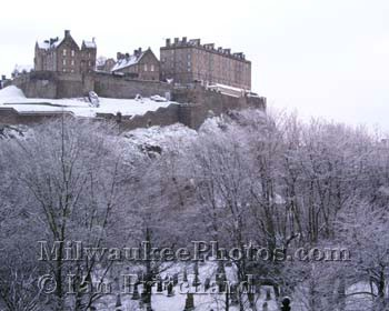 Photograph of Edinburgh Castle in Snow from www.MilwaukeePhotos.com (C) Ian Pritchard