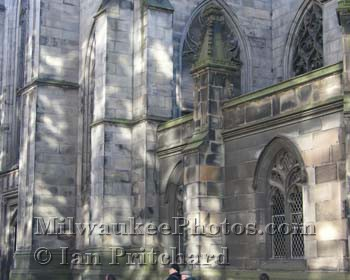 Photograph of St Giles Cathedral from www.MilwaukeePhotos.com (C) Ian Pritchard