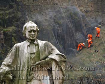 Photograph of Statue and Orange Men from www.MilwaukeePhotos.com (C) Ian Pritchard
