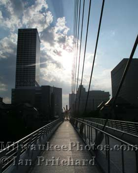 Photograph of View From A Bridge from www.MilwaukeePhotos.com (C) Ian Pritchard